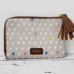 {Fossil} Tara Hearts Wristlet Clutch Wallet